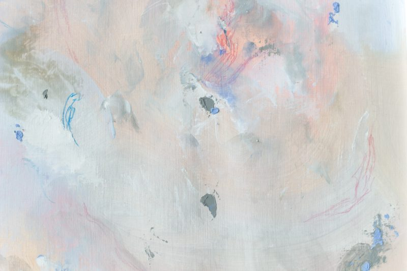détail tableau beige gris bleu rose